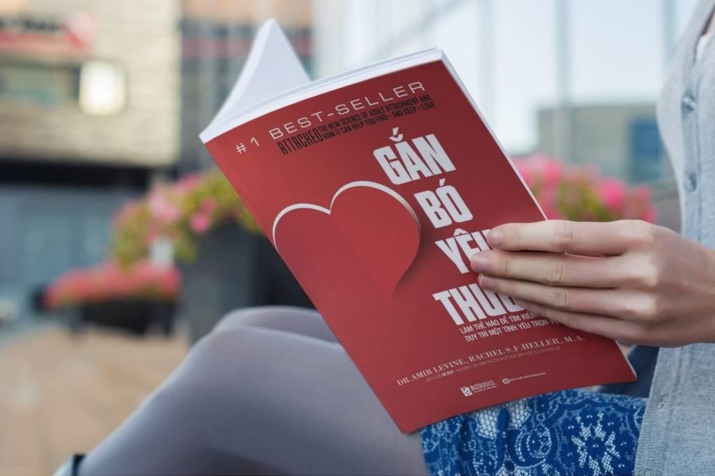 Review sách Gắn bó yêu thương | Một tình yêu trọn vẹn