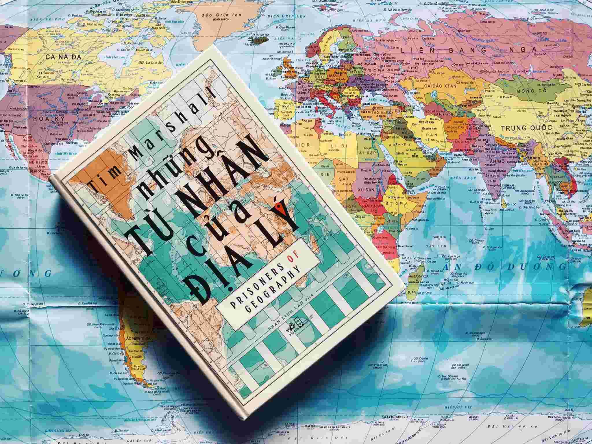 Review sách Những tù nhân của địa lý | Tim Marshall